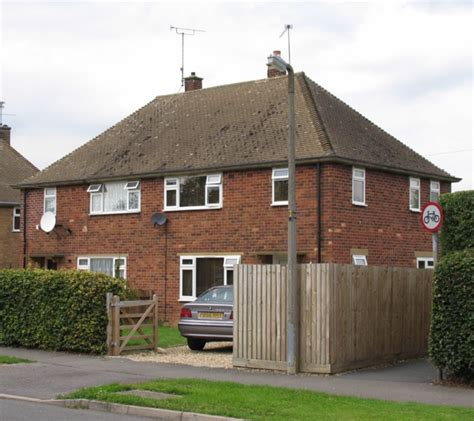 Semi Detached House by Semi Detached Houses 169 Andrew Tatlow Cc By Sa 2 0