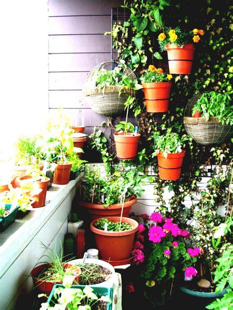 Flower Garden Designs For Small Spaces Flower Garden Designs For Small Spaces Home Furniture Design