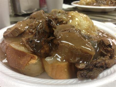 Fast Easy Dinner Open Roast Beef Sandwich by Open Roast Beef Sandwich Wit Mashed Potatoes Gravy
