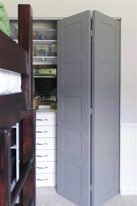 Big Closet Doors Diy Craftsman Style Closet Doors Shades Of Blue Interiors
