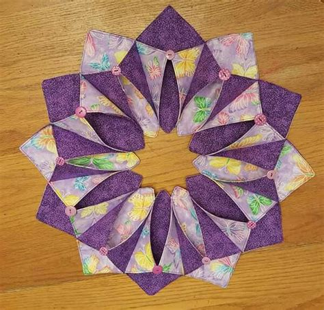Origami Sewing Table - 17 best images about fold and stitch wreaths on