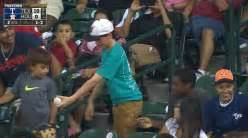 pirates fan tosses foul ball to young girl youtube pirates fan catches foul ball throws it to very thankful