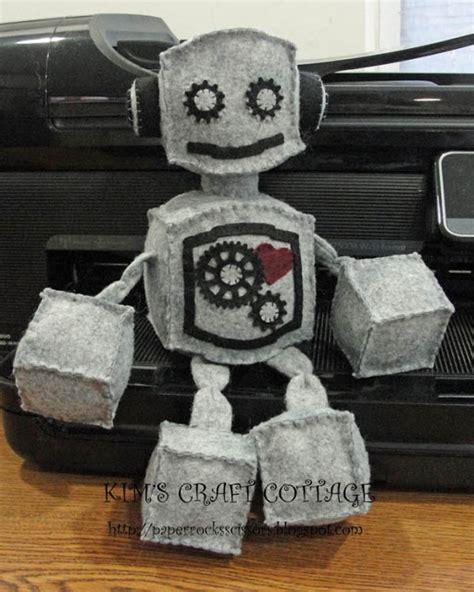 come costruire un robot in casa come fare un pupazzo robot in feltro tutorial