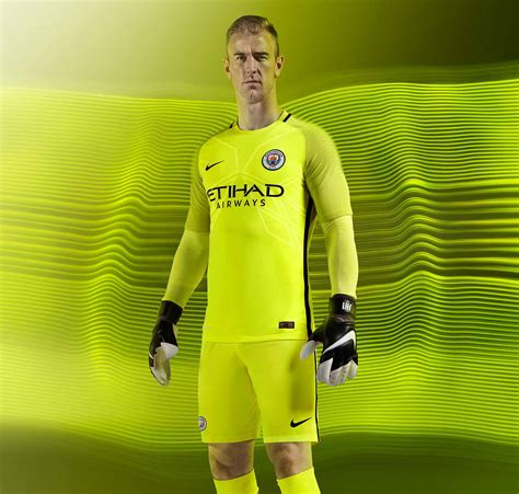 Tshirt Kaos Bayer Leverkusen manchester city unveil 2016 17 home kits