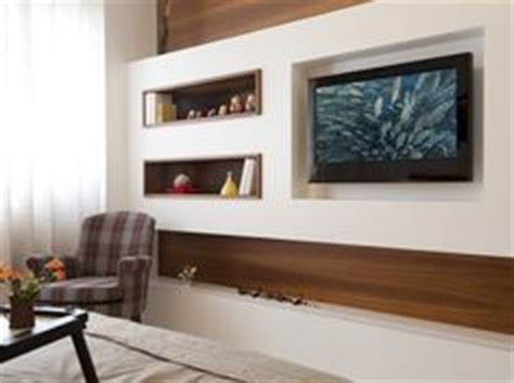 quarto de casal painel tv pain 233 is e televis 227 o pain 233 is on pinterest tvs tv walls and ems