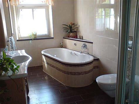 badewanne mosaik kamin fliesen verkleiden innenarchitektur und m 246 belideen