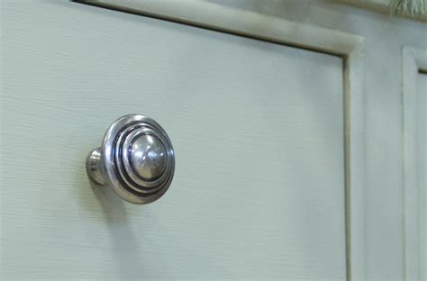Cheap Kitchen Cabinet Door Knobs Kitchen Cabinet Door Pulls Door Design