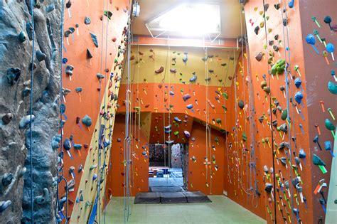 best indoor rock climbing best places to go outdoor or indoor rock climbing in nyc