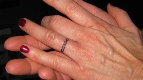 tatuaggi tatoo sulle dita