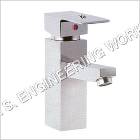 bathroom fittings trivandrum bathroom fittings suppliers manufacturers dealers in