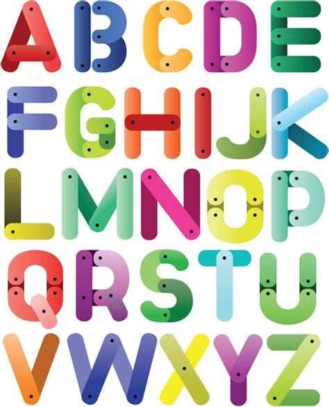 Letter Seventeen Mp3 可爱26个英文字母矢量素材 矢量用具 站长素材