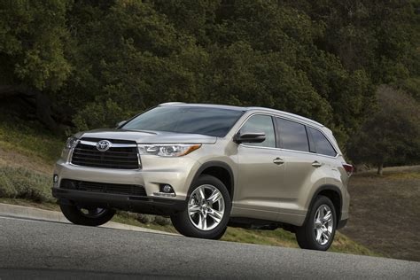Toyota Highlander 2014 Dimensions 2014 Toyota Highlander Review Ratings Specs Prices And