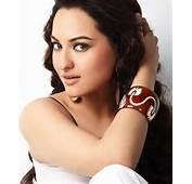 Hot Bollywood Scandals Sonakshi Sinha Bathroom Videos
