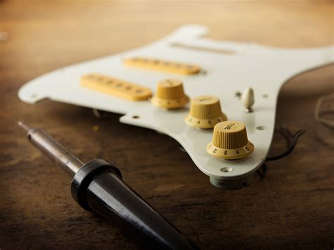 the complete guide to soldering for guitar players