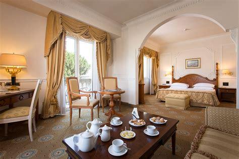 hotel con vasca idromassaggio in caserta hotel caserta grand hotel vanvitelli hotel lusso caserta