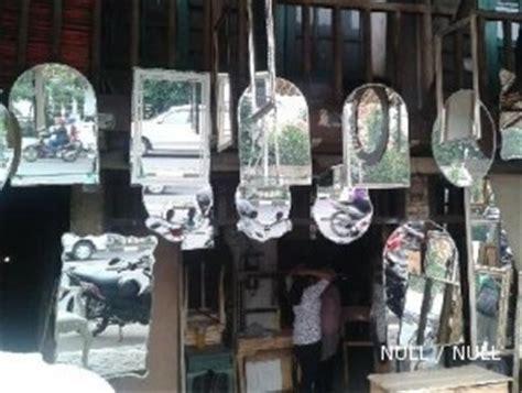 Lu Hias Panjang sentra cermin pejompongan dari cermin persegi sai