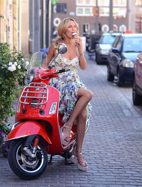 04 Vita Flowy la dolce vita lima s wardrobe a belgium based fashion