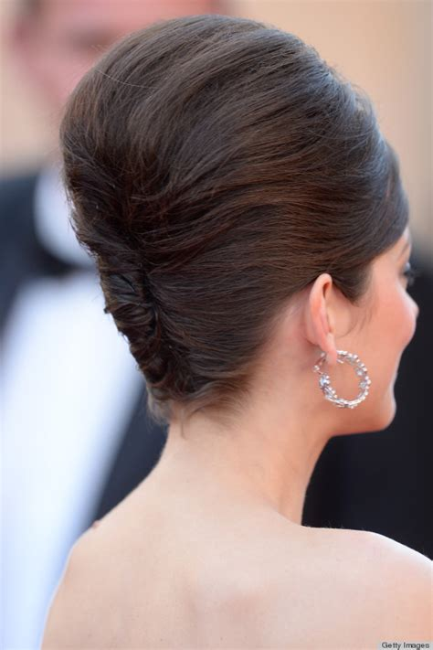 marion cotillard s beehive hairstyle at cannes how did she pull the 60s look photos
