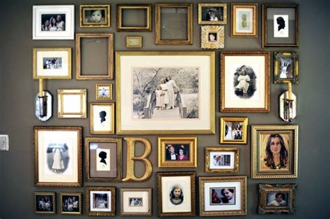 Home Interior Picture Frames by How To Arrange A Photo Wall Tips And Creative Ideas