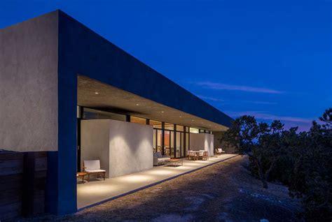 casa de hormigon en el desierto de nuevo mexico arquitexs