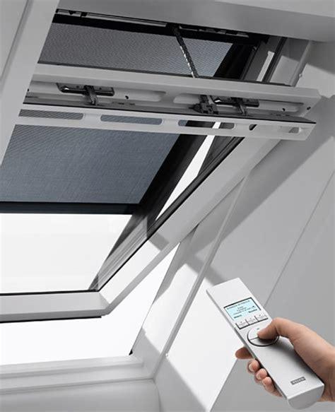 velux dachfenster elektrisch velux elektrisch dakraam tuimelvenster dakraam garant