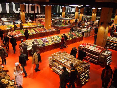 loblaws at maple leaf gardens opens to fanfare the hip s guide loblaws maple leaf gardens