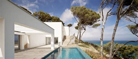 waterfront house  costa brava spain