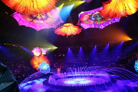 discount lighting las vegas get a glimpse the of le reve s morphing