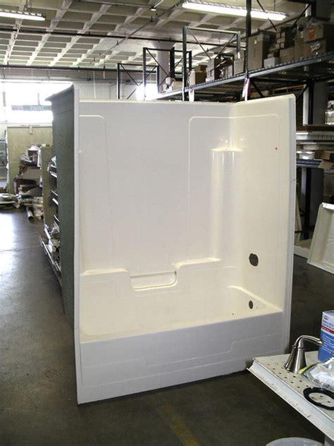 piece tub  shower surround    units