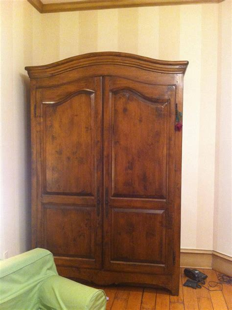 Wardrobe From Narnia by Wardrobe Passage To Narnia Themed Playroom Geekologie