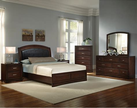 Beverly 8 Piece Queen Bedroom Set The Brick Bedroom Furniture Set