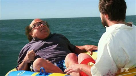 frank reynolds couch 15 legendary frank reynolds moments from it s always
