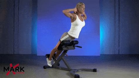 hyperextension bench vs roman chair 90 degree roman chair vs 45 degree hyperextenion bench