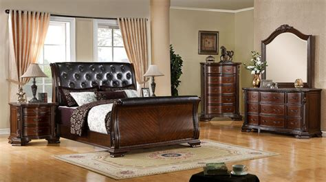 Sleigh Bed Bedroom Set by 4 South Sleigh Bedroom Set In Brown Cherry
