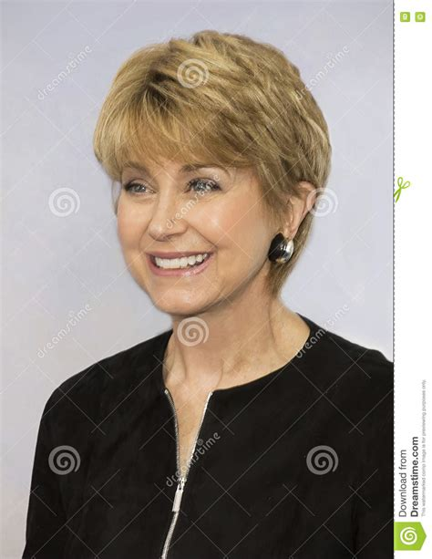 jane pauley hair five features of jane pauley hairstyles that make everyone