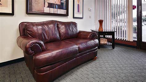 Pomona Sofa by Pomona Sofa Pomona 3 Pc Living Room W Accent Chair Bad