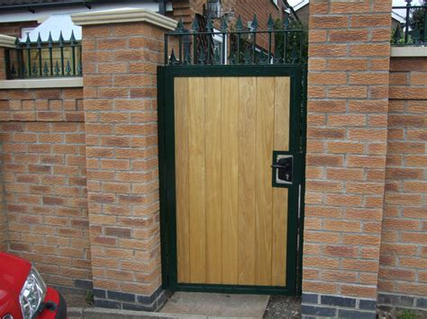 metal  wood combined gates
