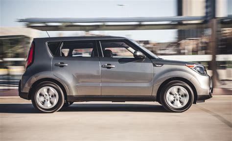 2014 Kia Soul Pictures Car And Driver