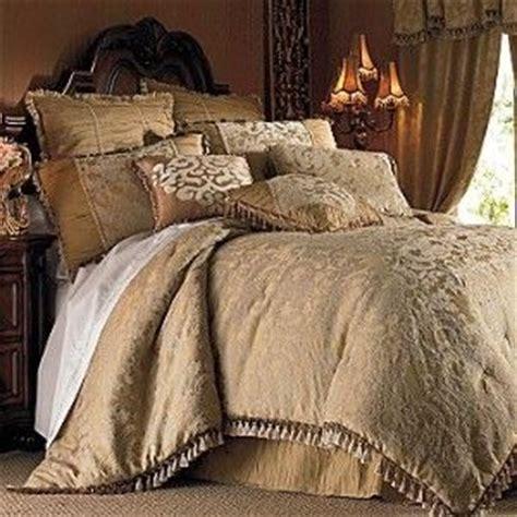 chris madden comforter sets chris madden 174 gold damask comforter set review