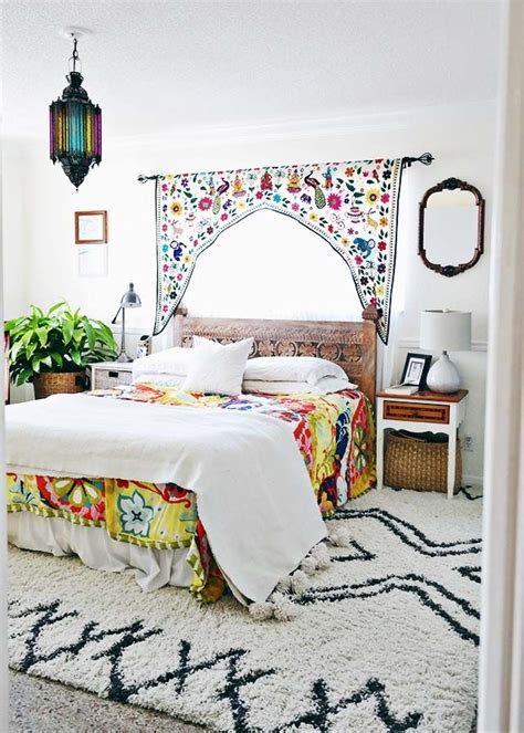 Decorative Rugs For Bedroom by 25 Best Ideas About Moroccan Bedroom On