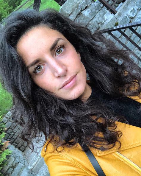 Sweet Italian Chick Doing Some Spicy Selfies From Her