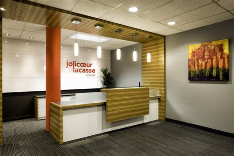 comptoir reception comptoir design pour magasin comptoirs sur mesure