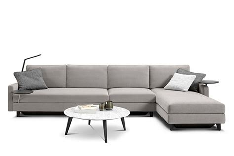 A Review Of The King Delta Metro Lounge Sofa King Furniture