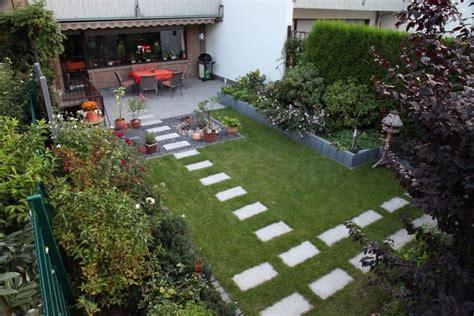 Gartenbeispiele Gestaltung by Vorgartengestaltung Landhaus Gartens Max