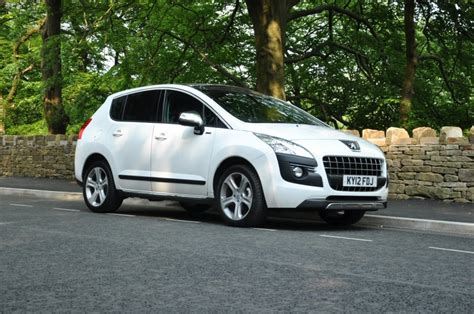 peugeot 3008 1 6 hdi 112 fap sportium road test review by