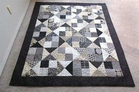 black and white quilt patterns for beginners 40 best images about little black dress quilts on