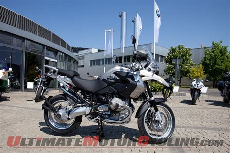 Bmw Motorcycles In Berlin by Berlin Bmw Builds 2 Million Motorcycles