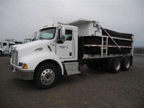 kenworth t300 kenworth t300 dump trucks for sale 81 used trucks from 14 900