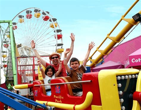 theme park vacation packages santa monica pier s amusement park package family fun in