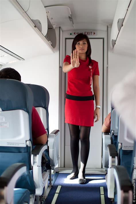 Wing Flight Attendant Pramugari indonesia flight from labuan bajo to ende with wings air